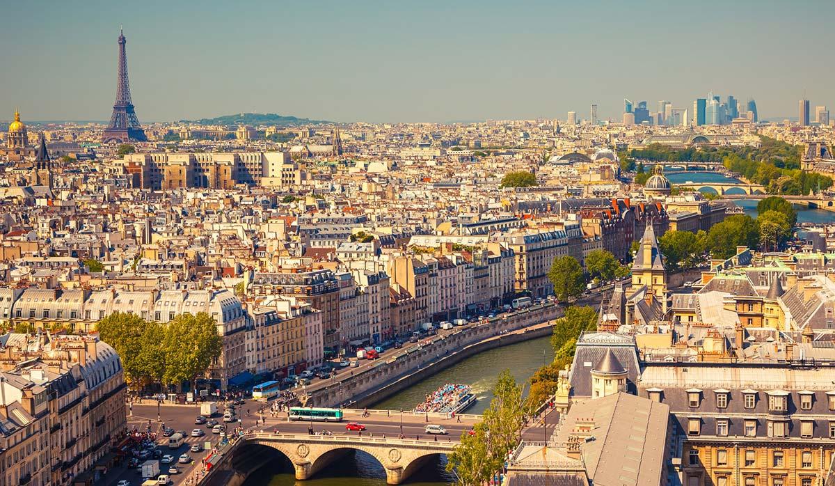 جاذبههای پاریس