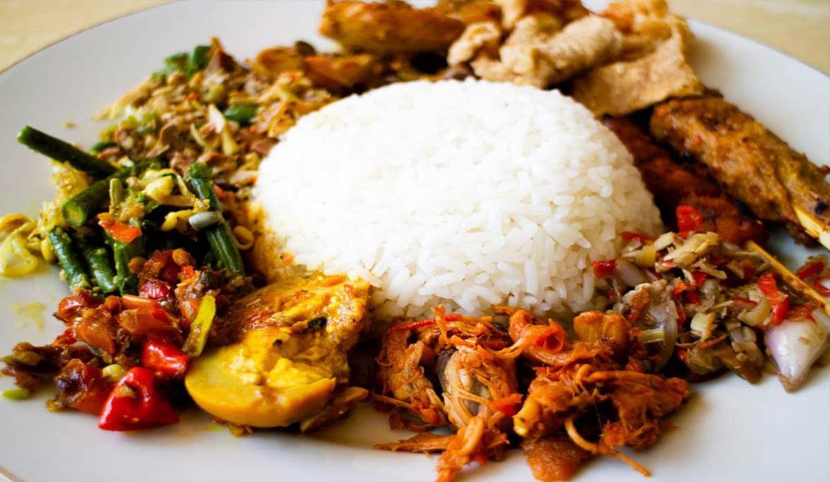 برنج و مرغ