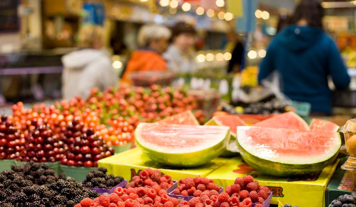 بازار عمومی در کانادا