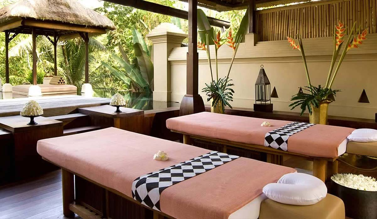 مرکز اسپا رویال بالی