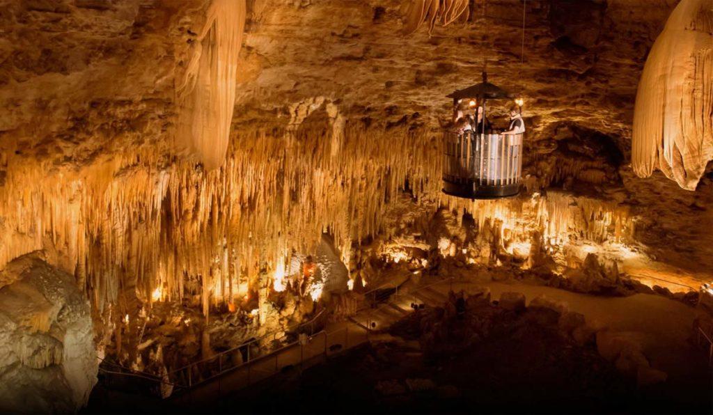 غار لاسکو