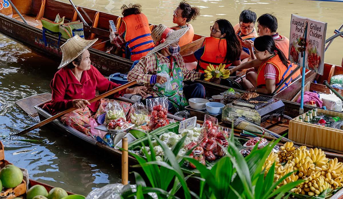 بازار روی آب بانکوک