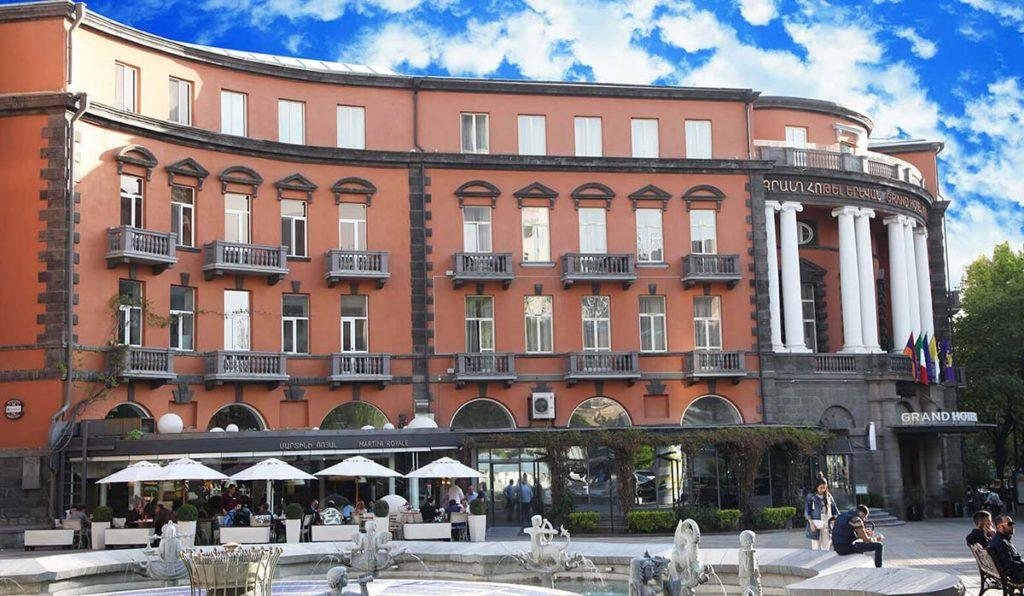 گرند هتل ایروان