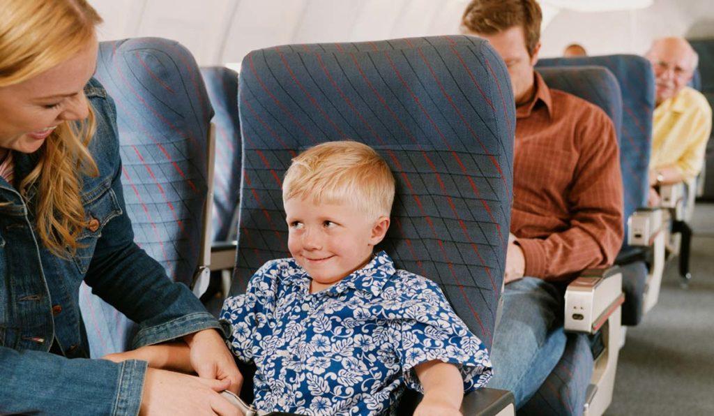 خرید بلیط هواپیما برای کودکان