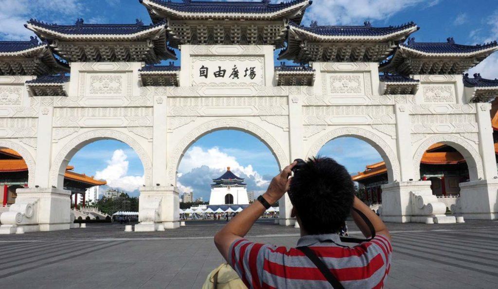 بایدها و نیایدهای چین