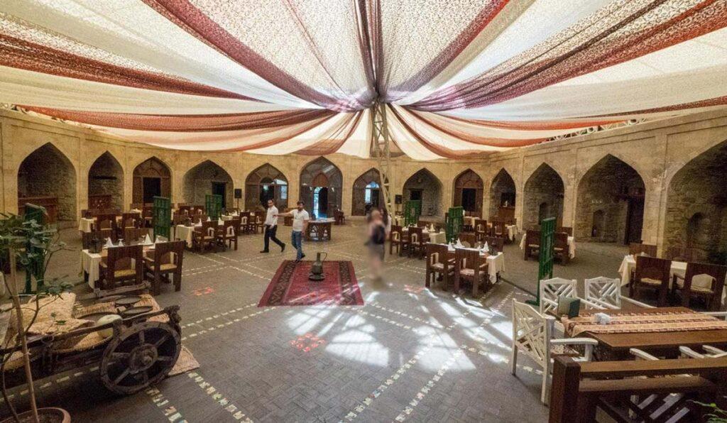 رستورانهای باکو