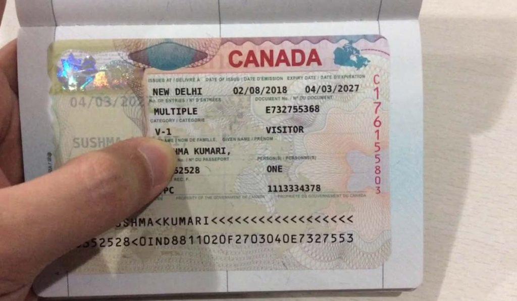 خرید ارزان بلیط کانادا
