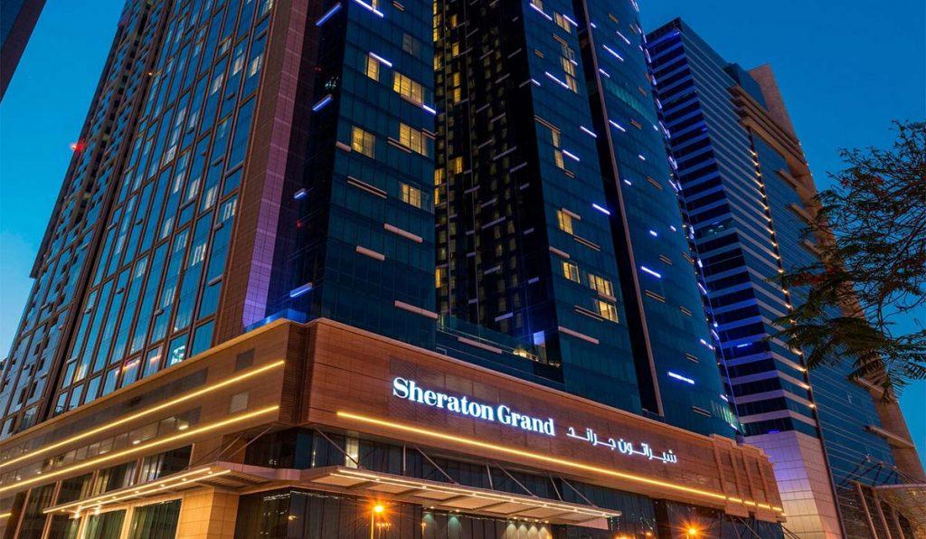 نمای هتل شرایتون دبی