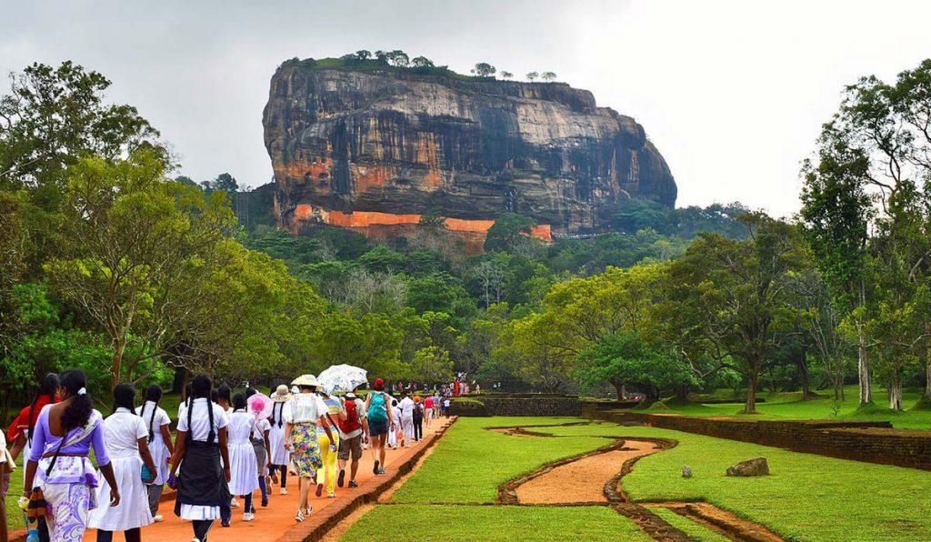 تور 8 شب و 9 روز سریلانکا