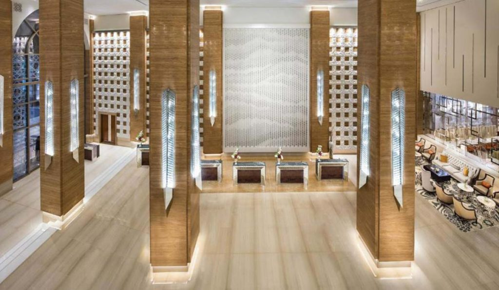 هتل کمپنیسکی امارات مال دبی